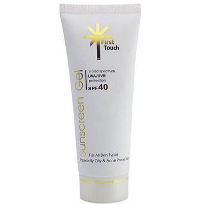 ژل کرم ضد آفتاب بی رنگ فاقد چربی فرست تاچ First Touch Invisible spf40 Sunscreen gel 70ml